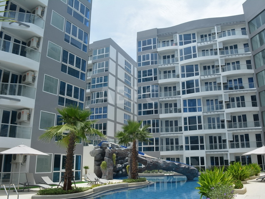 2 Bed 1 Bath in Central Pattaya CR6408